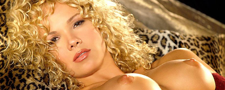 Tavania Kaye